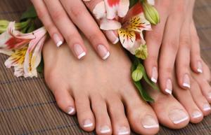 French Manicure & Pedicure